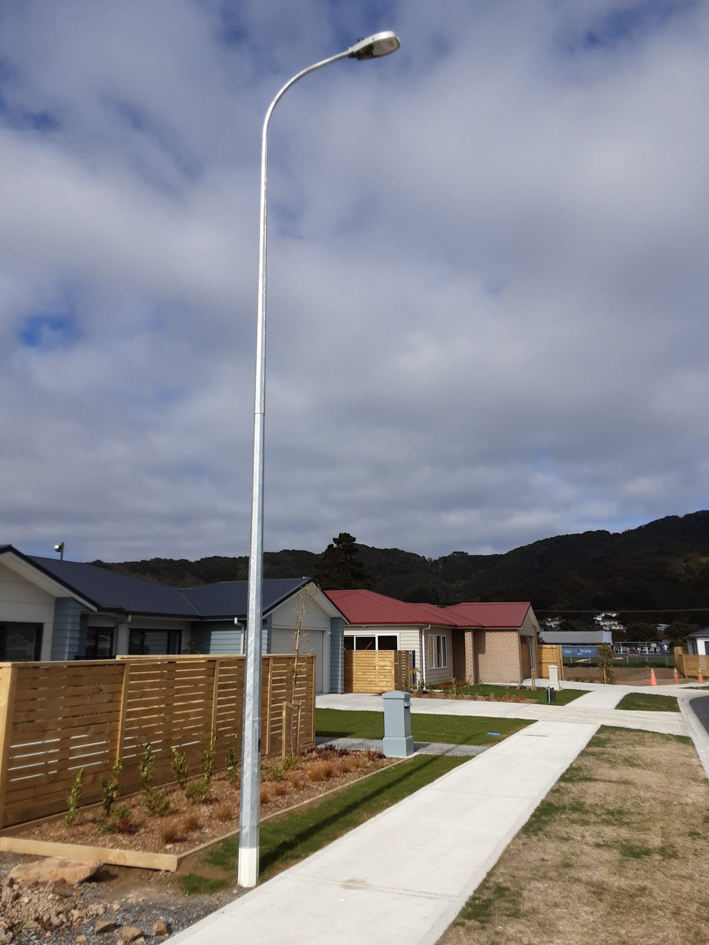 Subdivision Pole with 0.9m Outreach